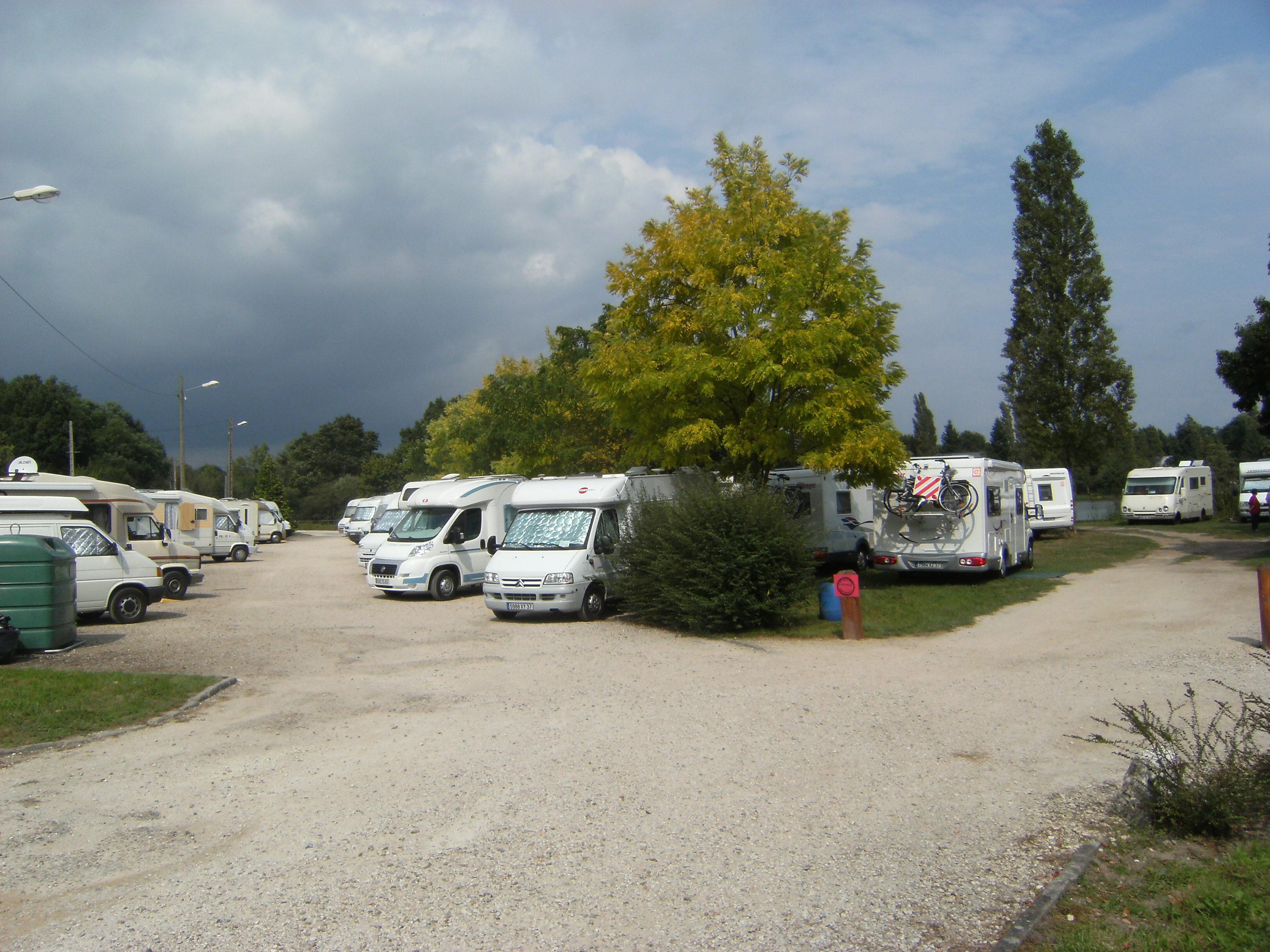 Parkplätze für Campingwagen(...)