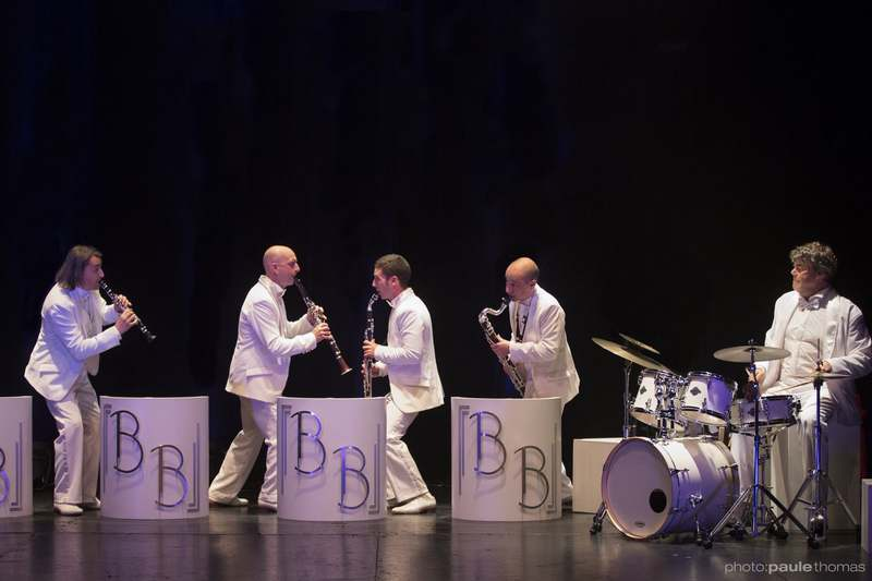 "Spectacle musical Les bons Becs ""Big bang"""